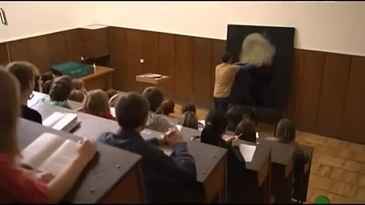 Видео: Boy Proposing Girl in ClassRoom - Best Proposal Ever