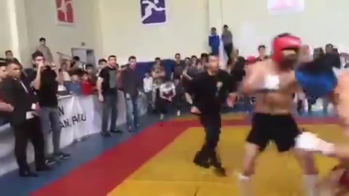 Boxing VS MMA. Real fight. Knockout
