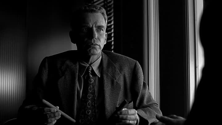 The Man Who Wasn't There/Человек, которого не было (2001)