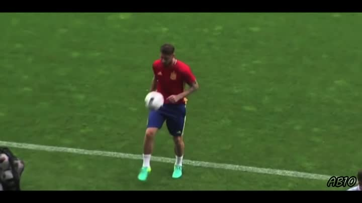 Видео: Freestyle Football Skills