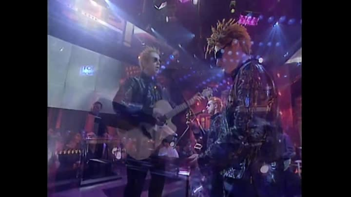 Видео: Pet Shop Boys - You Only Tell Me You Love Me When Your Drunk (Top Of The Pops - 2000) - YouTube [1080p]