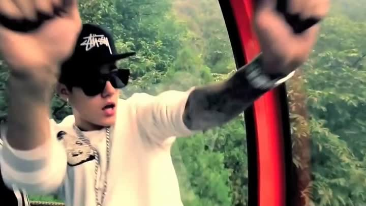 Видео: Justin Bieber - All That Matters Great Wall China (unofficial)
