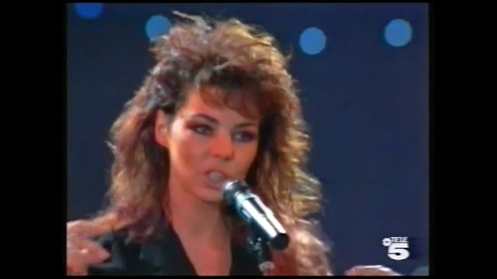 Sandra - Life May Be A Big Insanity (World Music Awards 1990 Monte Carlo)