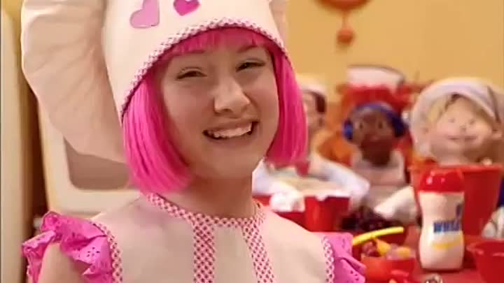 Лентяево / LazyTown - Пирог / Cooking by the book (Russian)