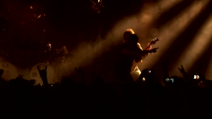 Видео: AXEL RUDI PELL - Ghost in the Black - (Circle of the Oath - 2012) - (DVD - LIVE ON FIRE - 2013 - Cologne, Essigfabrik - 18.12.2012) - (Johnny GIOELI) - BRAVEST FOX