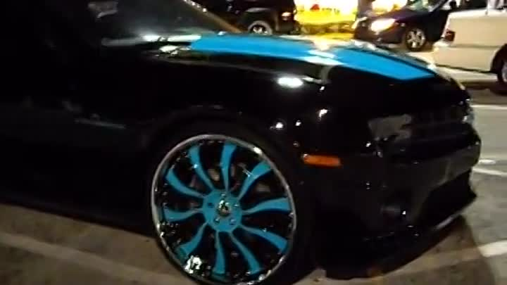 "Видео: AceWhips.NET- 2011 Chevy Camaro SS on 24"" Inferno Forgiatos"
