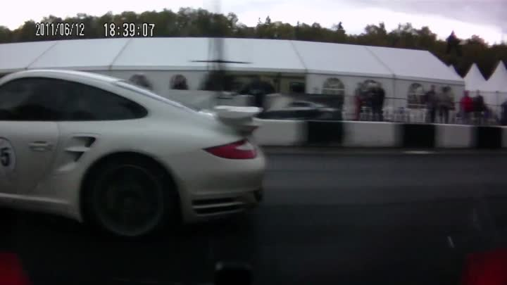 Moscow Unlim 500+ Nissan GT-R Stage 2 VS Porsche 911 Turbo S Stage 2