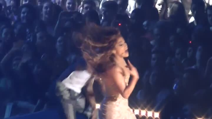 Jennifer Lopez - I'm In to You & Tonight - Live - Rio, Brasil 27/6/2012