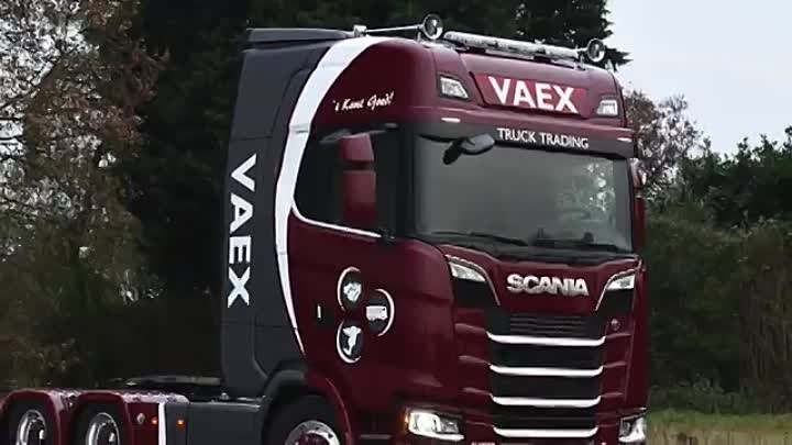 Fist next generation SCANIA S580 6x2 VAEX