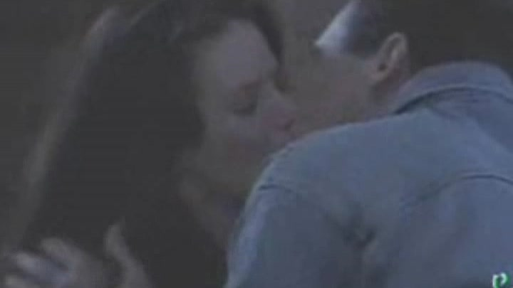 Charmed Music Video Piper and Leo (Lionel Richie - Hello)