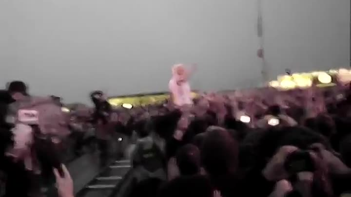 "Видео: Keith Flint (The Prodigy) Rock Am Ring 2009 ""Smack my bitch up"""