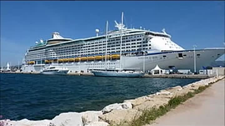 Видео: Top 10 Biggest Cruise Ships In The World