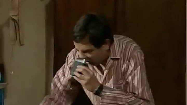 Видео: Mr Bean - Getting up late for the dentist