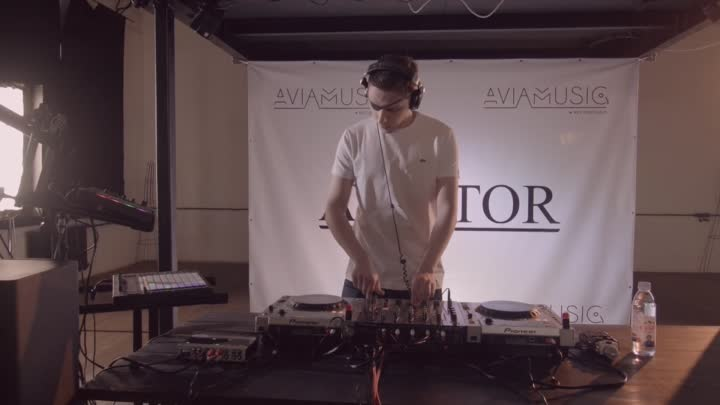Видео: AVIATOR - ON LIVE! 19.12.2016 (promodj.com) (1)