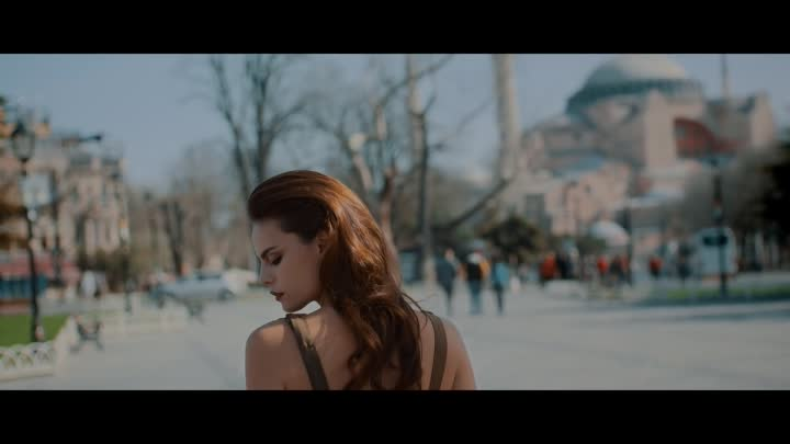 Видео: Mahmut Orhan - Feel feat. Sena Sener (Official Video)