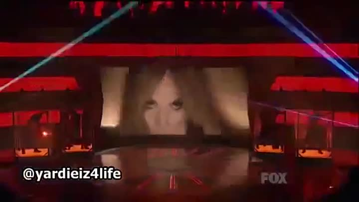 Jennifer Lopez & Pitbull - Dance on the Floor (American Idol Performance 2011)