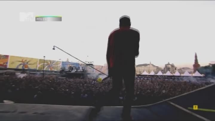 Видео: Linkin Park - In The End (Live from Red Square)