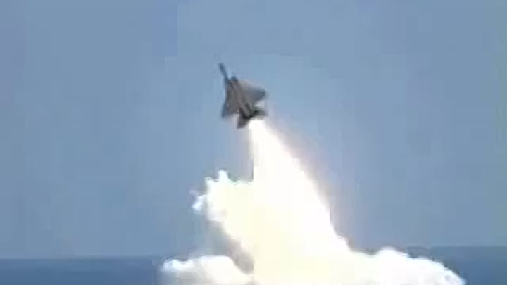 US shocked ..... You will not believe it !!!! Russian aircraft rocketed a submarine!
