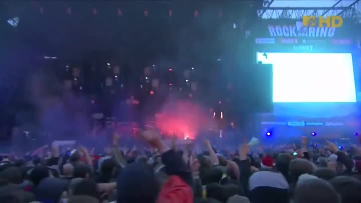 Видео: The Prodigy - Smack My Bitch Up (HD) LIVE @ Rock am Ring 2009
