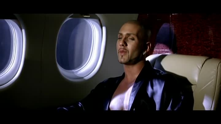 Видео: Massari ft. Belly - Rush The Floor [Official Video]