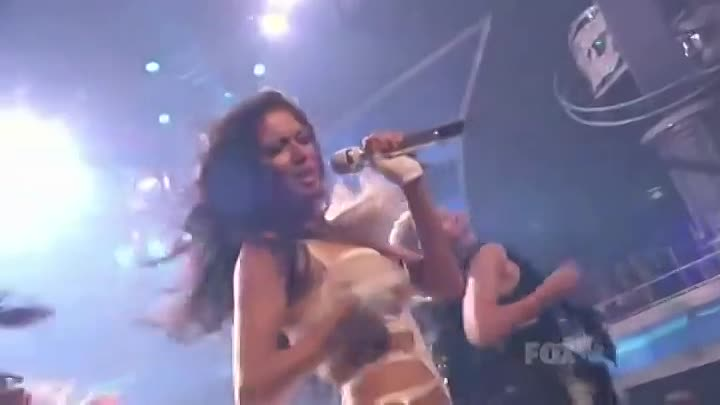 "Nicole Scherzinger - "" Right There"" - Live @ American Idol 2011, featuring 50 Cent"