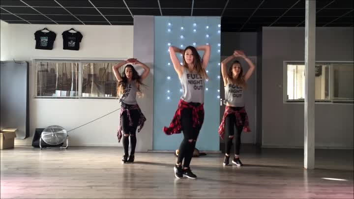 Chantaje - Shakira ft Maluma - Easy Fitness Dance Choreography Zumba