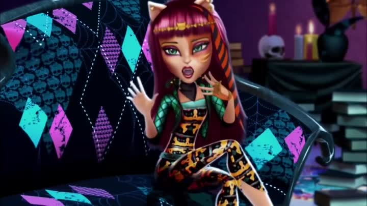 Видео: Monster High Freaky Fusion 3 minutes Trailer