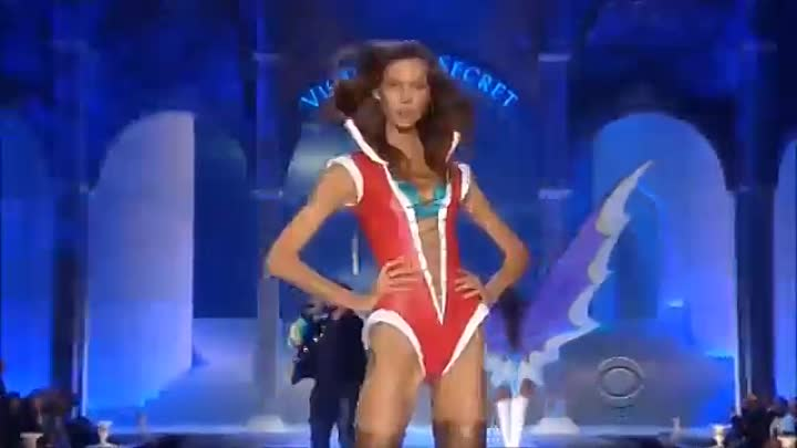 Видео: Somebody To Love Perfect 12 supermodels of all time World's Highest Angels Victo