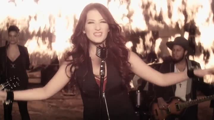 15.Katie Armiger - Playin With Fire