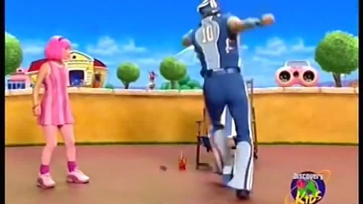 No one is lazy in LazyTown (vacation version)