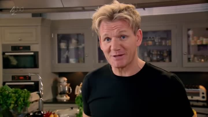 Видео: Гордон Рамзи готовит дома / Домашняя кухня Гордона Рамзи / Gordon Ramsay's Home Cooking 01x20