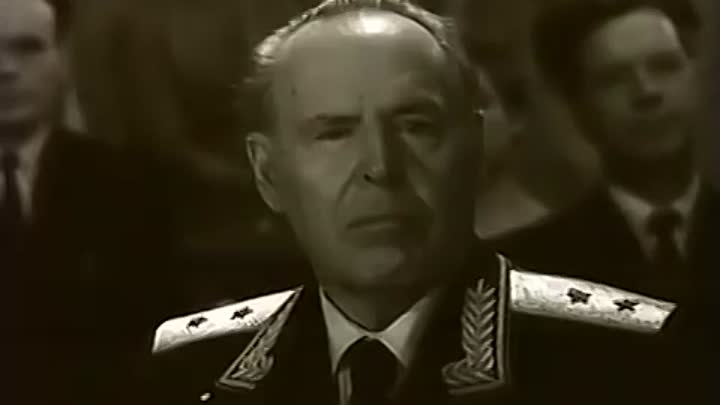 Leonid Kharitonov & the Red Army Choir - The Ballad about Russian Boys