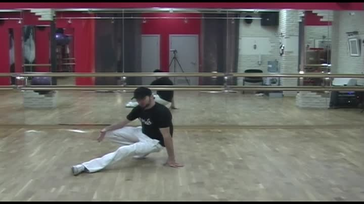 Видео: Брейк данс обучение. Урок 07. Breakdance tutorial footwork. Lesson 07
