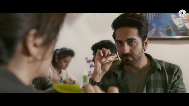 Клип Bairaagi к фильму Bareilly Ki Barfi - Крити Санон и Аюшман Кхуранна