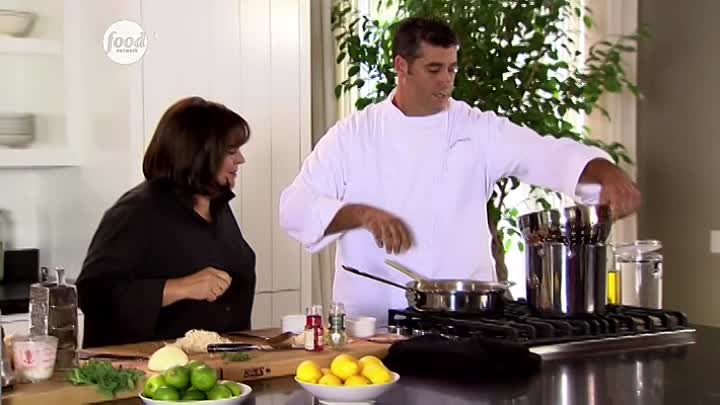 Видео: Barefoot Contessa.Sn.2.Ep.17-Italian Restaurant Food at Home.Tarjaa