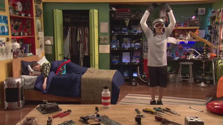 Видео: Max and Shred - Coming to Nickelodeon October 6