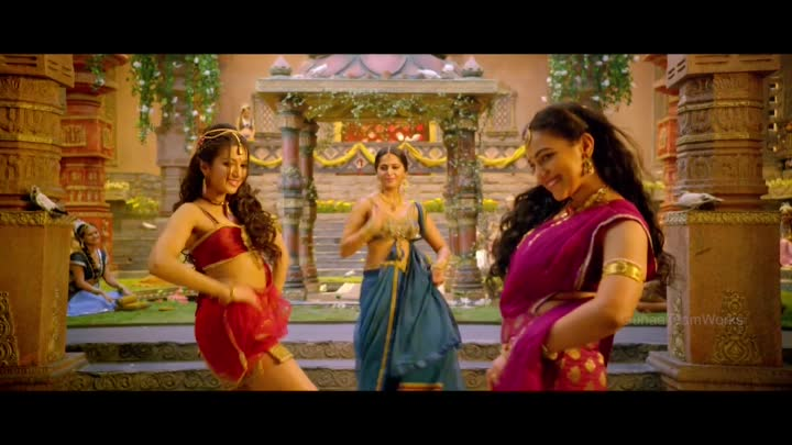 Видео: Rudhramadevi Song Trailer - Anthahpuramlo Andala Chilaka Song - Anushka, Nitya Menon,Catherene