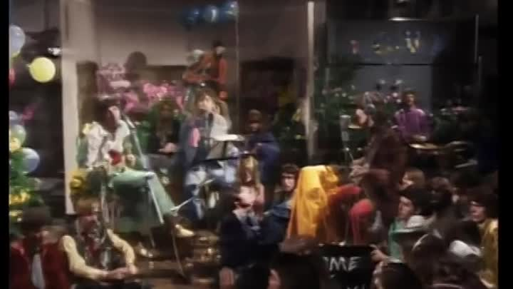 Видео: The Beatles - All You Need Is Love (Official Video)