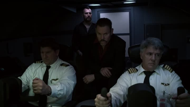 Видео: Airline.Disaster.2010.720p.BluRay.x264.YIFY
