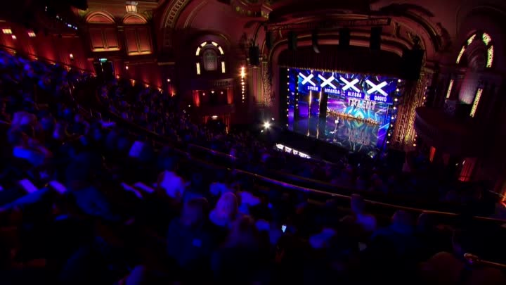Видео: Marc Métral and his talking dog Wendy wow the judges | Audition Week 1 | Britain's Got Talent 2015