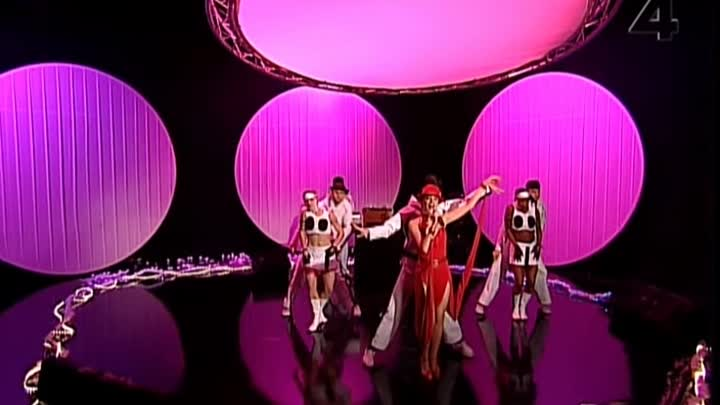 Kylie Minogue - Can't Get You Out Of My Head (Live Tv4 Sen Kvall Med Luuk 2001)