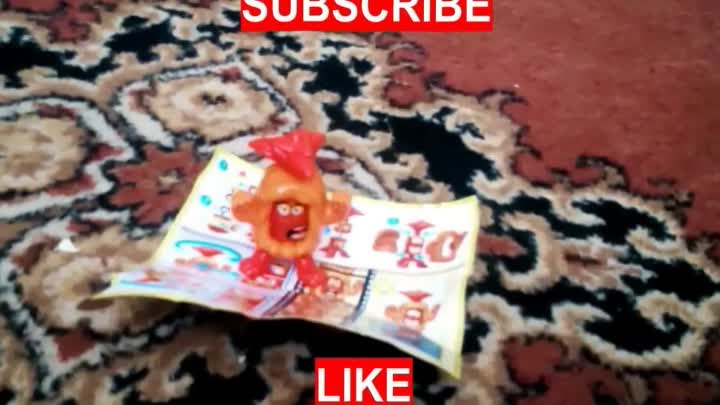 Видео: Kinder Surprise Eggs Maxi unboxing 2017. Opening Chocolate Egg and Toys.