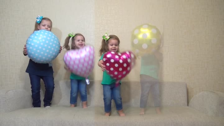Five little Babies Jumping on the bed w\Cartoon Balloons