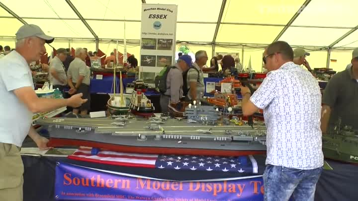 Видео: SCALE DETAILED RC BOATS & SHIPS AT WINGS & WHEELS SPECTACULAR # 2 - 2017