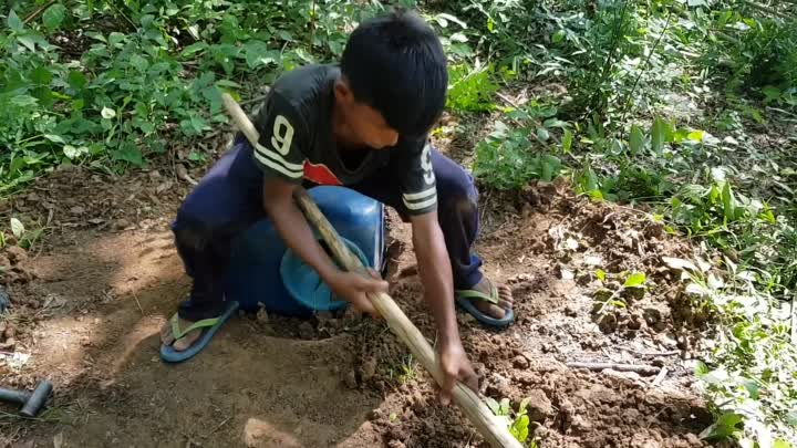 The First DIY Snake Trap That Works all Time - Primitive Snake Trap
