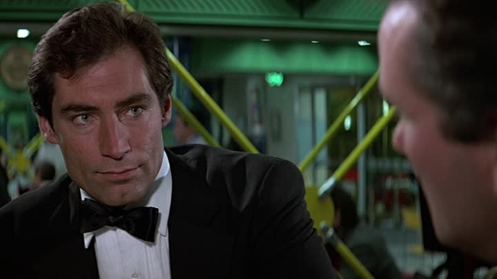 (1987)_The_Living_Daylights