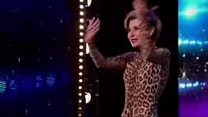 Видео: Britain's Got Talent 2015 S09E01 Freaky Contortionist Magdalena Full Video_low.mp4