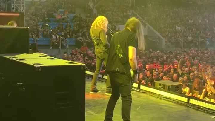 Видео: Sidestage in Plzen, Czech Republic - The Conjuring, 1st performance in 18 years