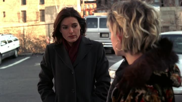 Видео: Law & Order: Special Victims Unit - S01E18 - Chat Room - kuc6708