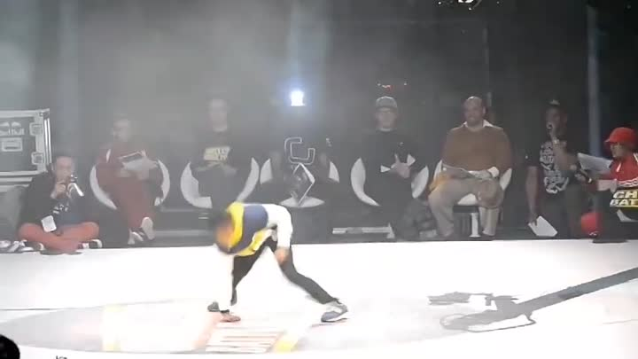 Видео: B-GIRL TERRA (6 Years Old) Vs B-BOY LEELOU (Best Version)
